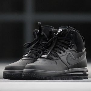 Nike Luner air force 1 Sneakerboots Boy's 6Y Black